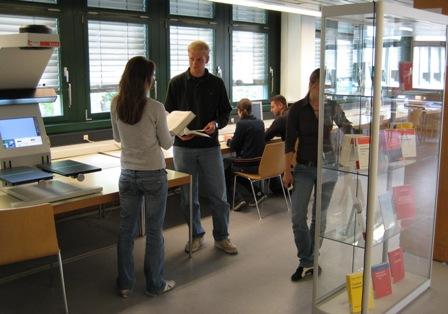 book2net Public A2 Buchscanner in der Ludwig-Maximilians-Universität